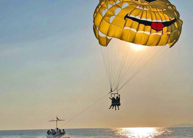 Bandol Sports Nautiques / Parachute Ascensionnel